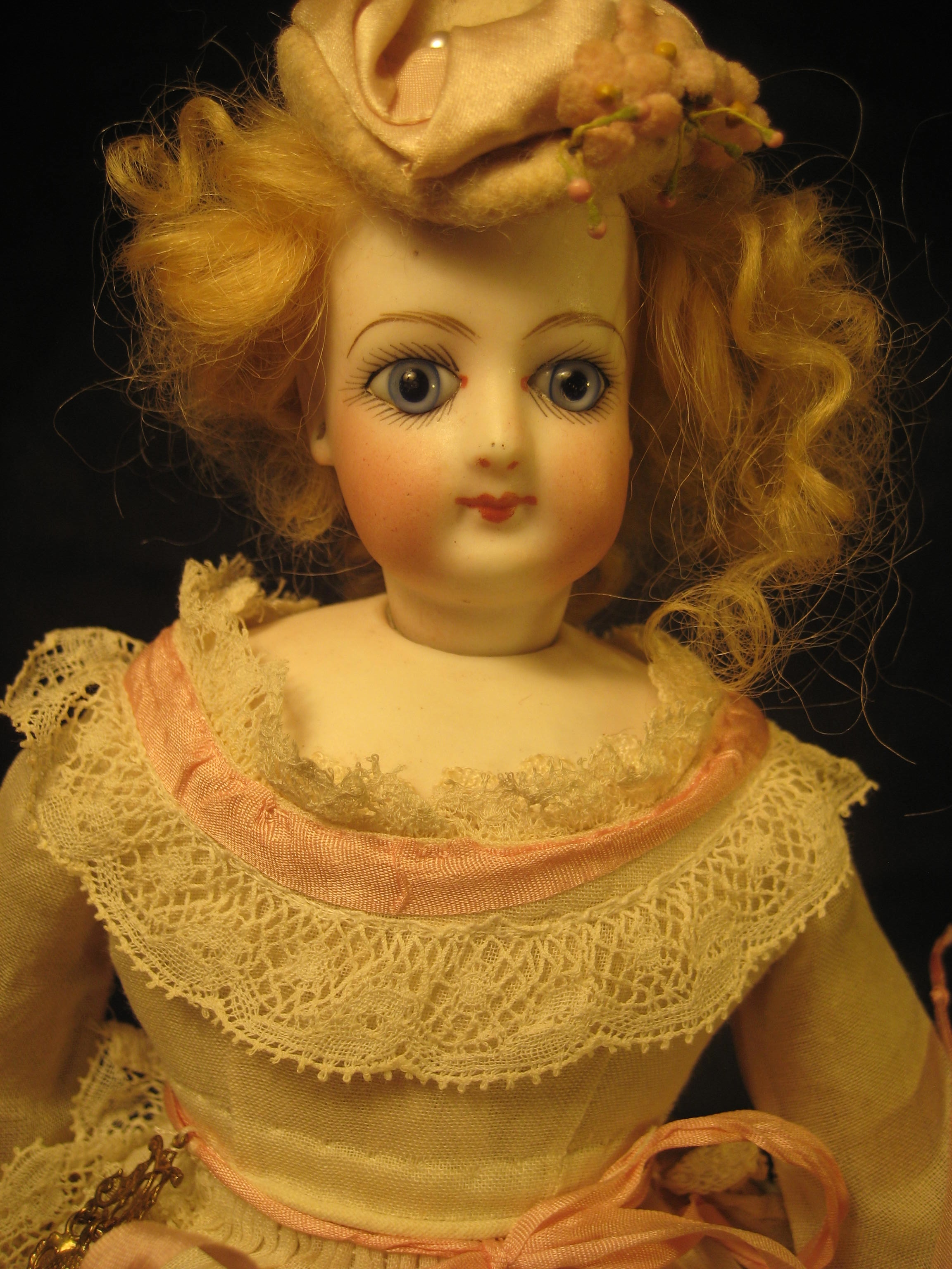 Une Fille French Teenage Fashion For Spring 2016: My Doll's Trousseau